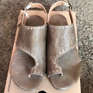BED/STU taupe sandals